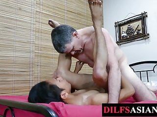 Asian Twink Dicksucked With The Addition Of Barebacked Apart From Dilf